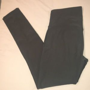 Mondetta Olive Green Workout Leggings Size M